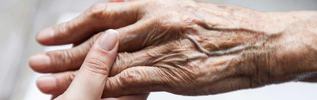 Beauté des mains acide hyaluronique Evreux